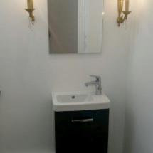 Installation de meuble de salle de bain